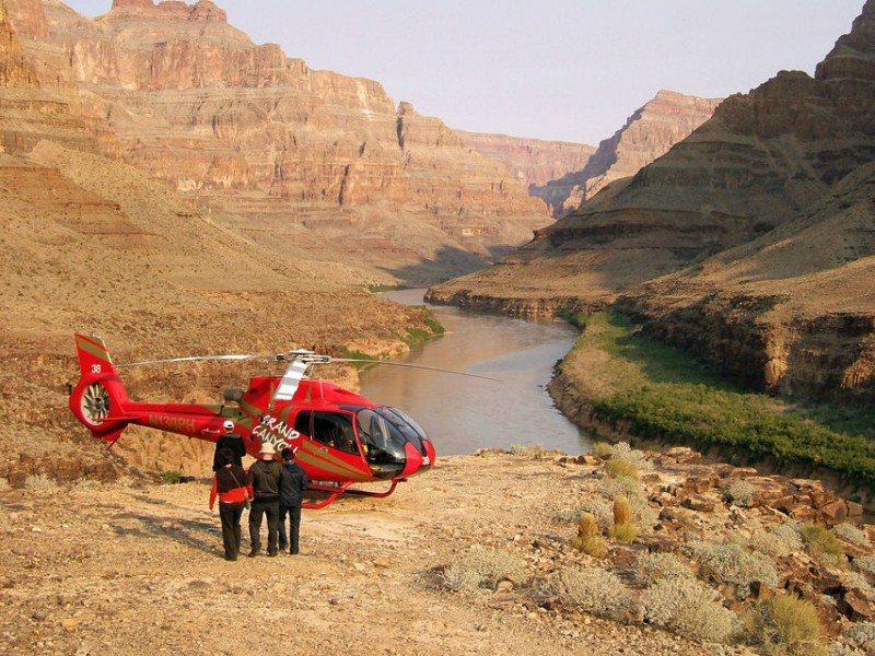 Grand Canyon Helicopter Tour from Las Vegas with VIP Skywalk and Pontoon Boat Ride