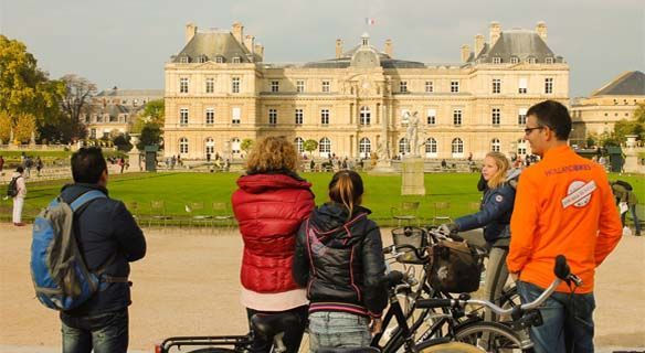 Secret Paris 3-Hour Bike Tour