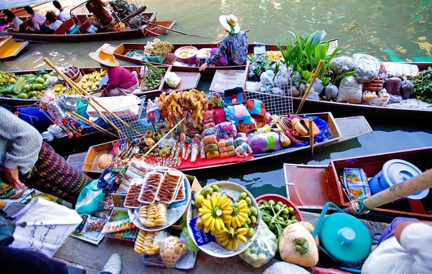 Damnoen Saduak Floating Market 6-Hour Tour