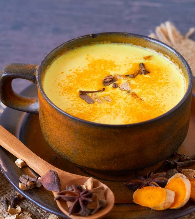 21 Amazing Benefits Of Turmeric Milk