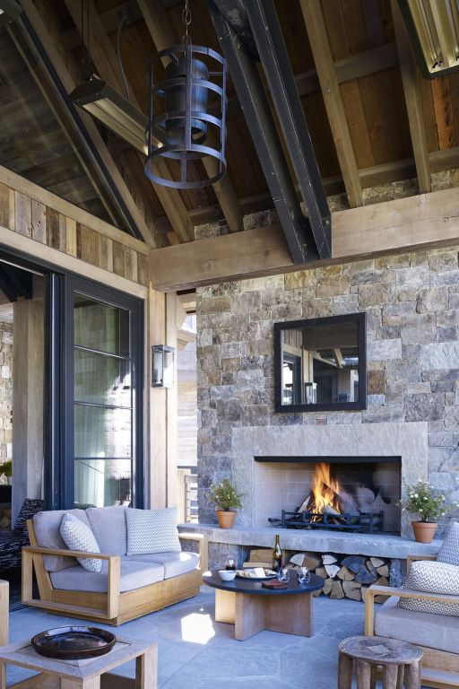 7 Gorgeous Backyard Fireplace Design Ideas