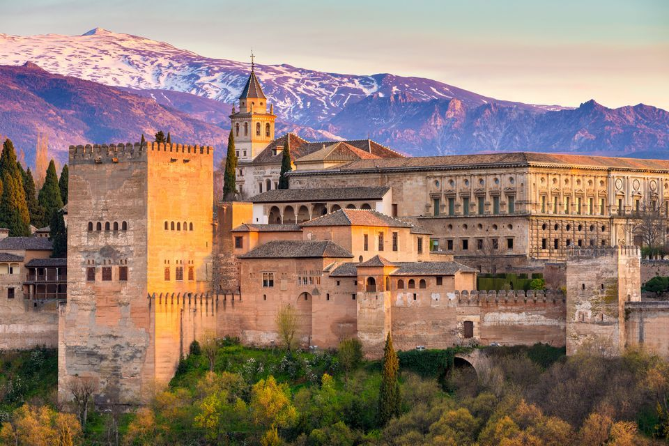 Skip the Line: Alhambra & Generalife Guided Tour