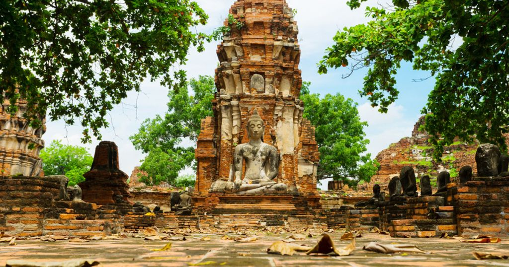 From Bangkok: Ayutthaya Day Tour by Bus and Boat