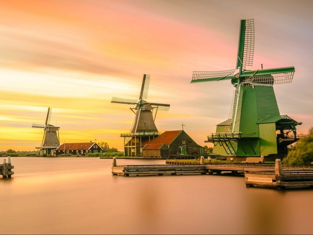 Half-Day Tour of Zaanse Schans Windmills from Amsterdam