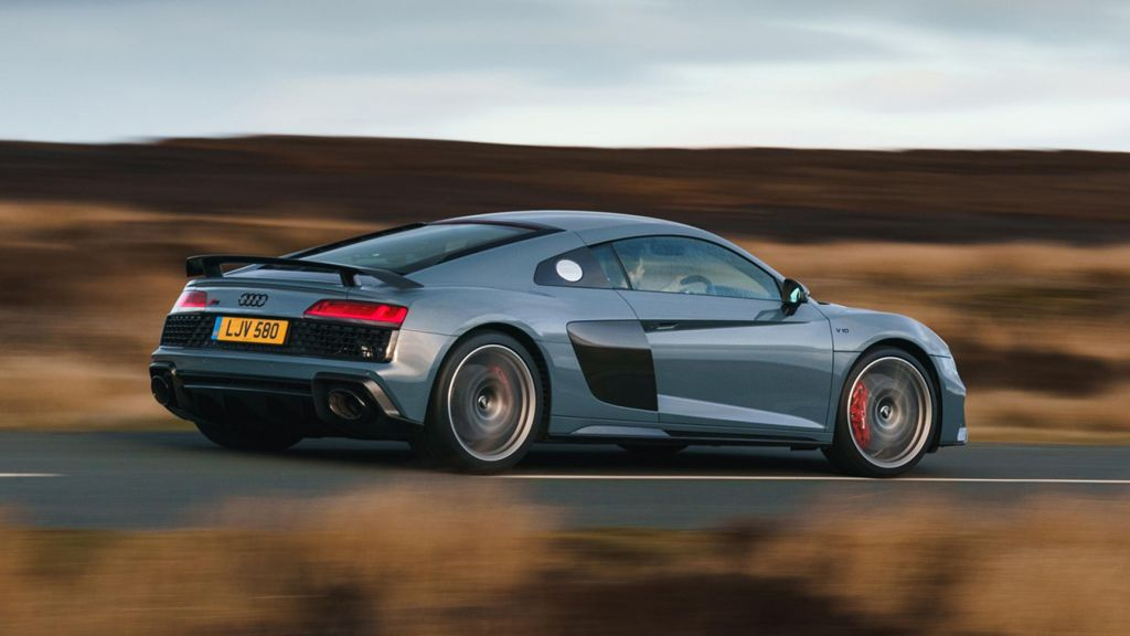 Audi R8 V10 Performance Review